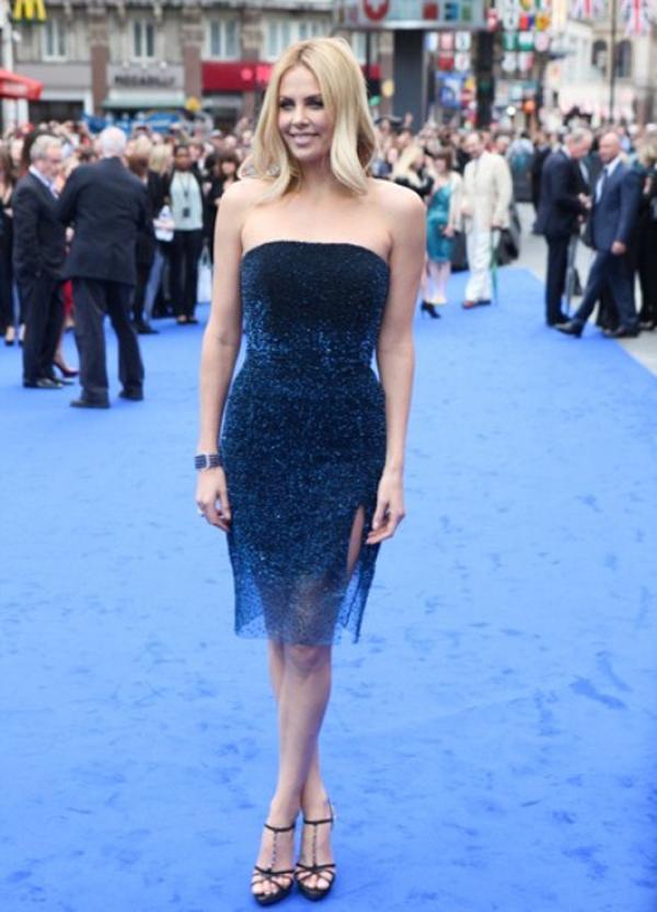 Charlize theron blue dress