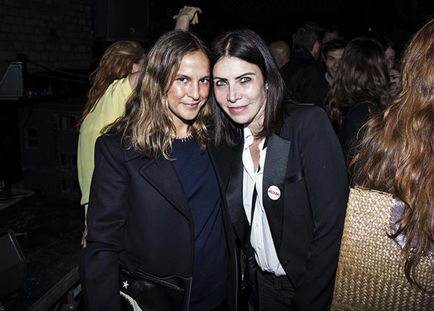 Sara & Vanessa