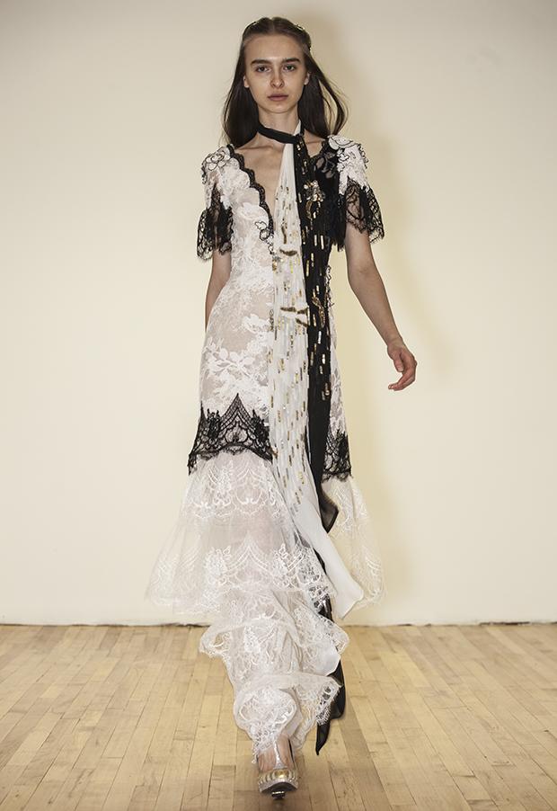 robe blanche libre 2