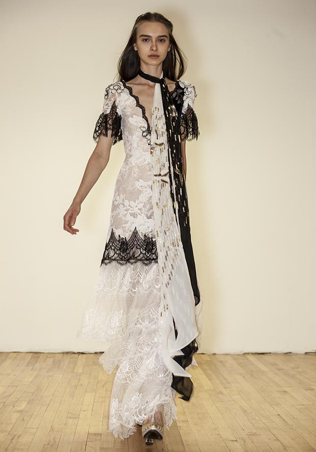 robe blanche libre